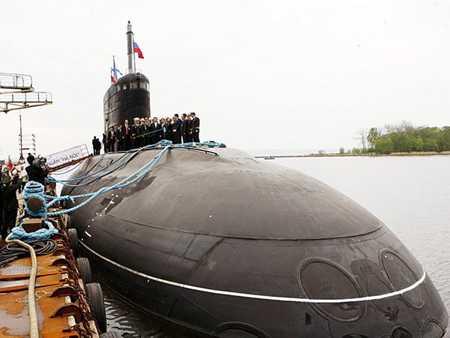 Tàu ngầm Kilo 636 Hà Nội về đến Việt Nam ngày 31/12