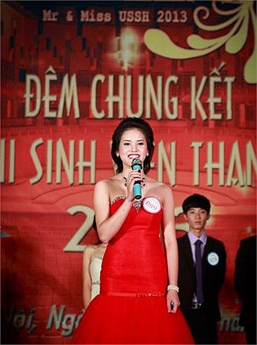 Câu trả lời ứng xử thông minh và tự tin của Hoàng Thị Hoà đã nhận được sự hưởng ứng và cổ vũ nhiệt tình của khán giả.