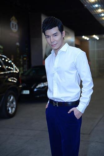 Đêm liveshow thứ 9 của Ngôi sao thiết kế Việt Nam diễn ra ngày 14/12 vừa qua, một lần nữa đã trở thành 'đêm của Nathan Lee'.
