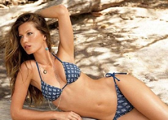 Sinh năm 1980 tại Horizontina, Brazil, Gisele Bundchen được làng mốt đánh giá trọng lượng thân thể như một khối vàng.