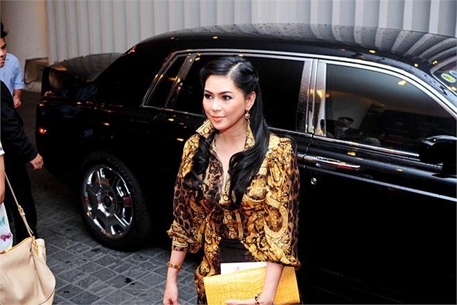 Sau buổi xuất hiện gây xôn xao, nữ diễn viên Vị đắng tình yêu hiển nhiên dẫn đầu danh sách mỹ nhân mặc xấu của tháng.