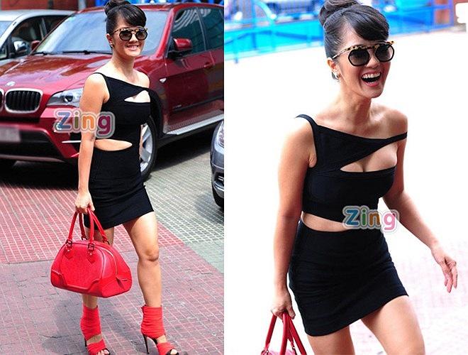 Ngày đầu ra mắt chương trình The Voice 2013, Hồng Nhung xuất hiện với trang phục cắt xẻ táo bạo gây chú ý đến công chúng. Tuy nhiên, cô Bống không nhận được bất kỳ lời khen nào về gu thời trang hiện đại này.
