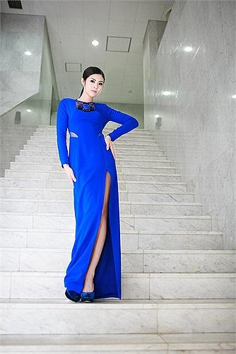 Hoa hậu Việt Nam 2010 ngày càng hoàn thiện nhan sắc.