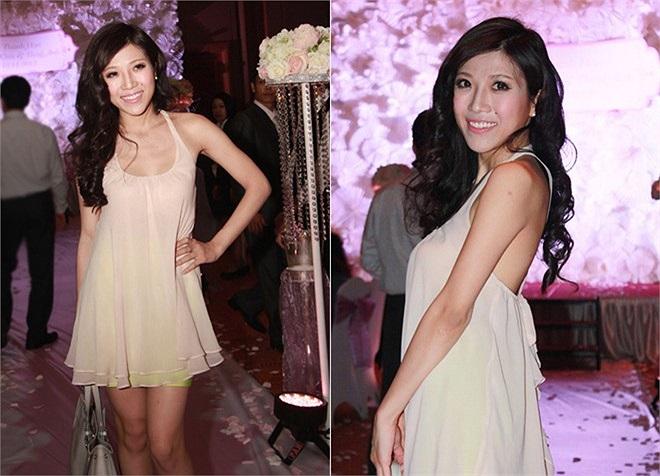 Tới chia vui cùng Đăng Khôi, nữ ca sỹ trẻ Trang Pháp khiến nhiều người nghi ngờ cô mặc nhầm trang phục dạo phố để đi dự đám cưới. Cô chọn áo voan màu nude và chân váy sắc màu. Theo Zing