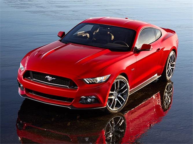 Phiên bản mới nhất Ford Mustang 2015 vừa được vén màn với động cơ Ecoboost dung tích 2.3 lít công suất 305 mã lực. Mustang mới cũng có tùy chọn động cơ mạnh hơn với loại V8 dung tích 5 lít công suất 420 mã lực.