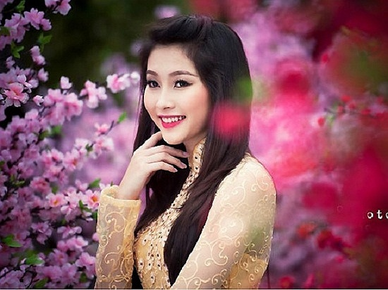 Hoa hậu gốc Bạc Liêu trông xinh đẹp và ngọt ngào hơn sau khi đăng quang. Ảnh: Tổng hợp.