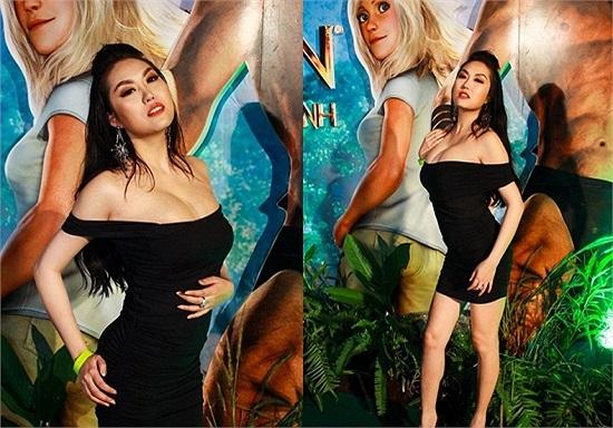 Góp mặt trong sự kiện ra mắt phim tại TP.HCM hôm 2/1. Diện trang phục sexy Phi Thanh Vân gây nhức mắt bằng cặp ngực khủng của mình.