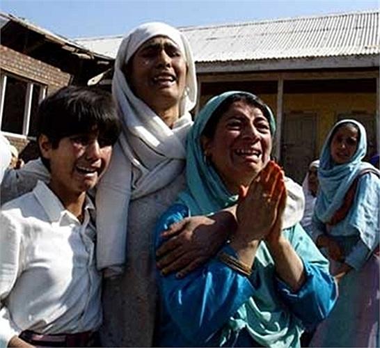 Một cơn địa chấn mạnh 7,7 độ Richter hồi tháng 9 làm rung chuyển miền nam Pakistan, khiến ít nhất 238 người chết