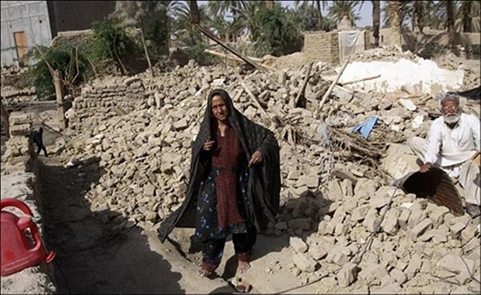 Hàng ngàn ngôi nhà bị đổ sập sau động đất