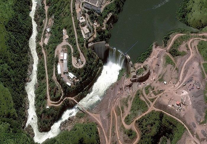 Đập Cambambe ngăn sông Cuanza ở Angola