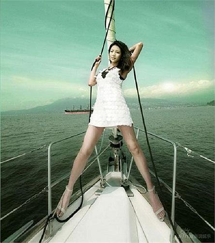 Nữ diễn viên quá cố Tống Vấn Phi từng sở hữu đôi chân dài nuột nà khiến nhiều người ghen tị.
