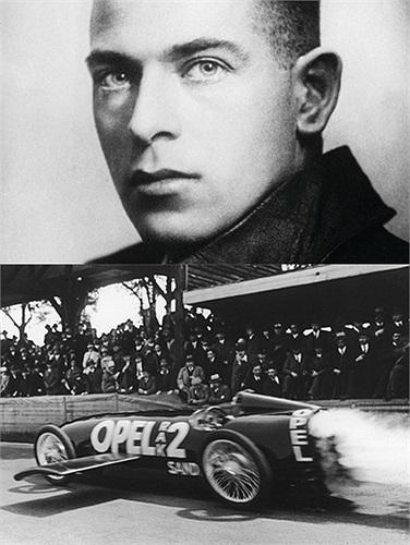 Max Valier: Xe sử dụng tên lửa đẩy dạng lỏng. Năm 1930, nhà khoa học người Áo, Max Valier đã sáng chế ra loại xe chạy được nhờ tên lựa đẩy có nguyên liệu làm từ cồn. Trong một lần thử nghiệm, chiếc xe phát nổ đã lấy đi sinh mạng của nhà khoa học này.