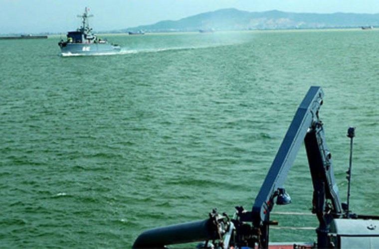 2 tàu quét mìn HQ-861 (đóng vai trò kỳ hạm) và HQ-862 trong cuộc tuần tra chung với Hải quân Trung Quốc trên Vịnh Bắc Bộ năm 2012. Ảnh: VOV