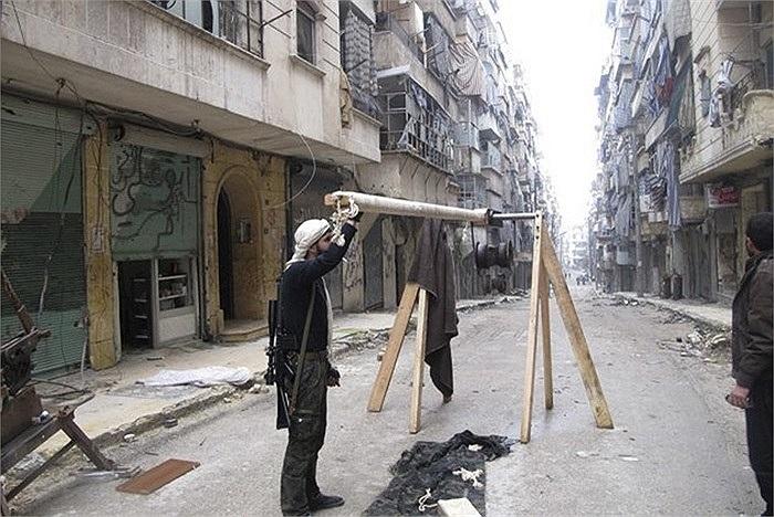 Một loại dụng cụ dùng để phóng lựu đạn tự chế của phe nổi dậy Syria