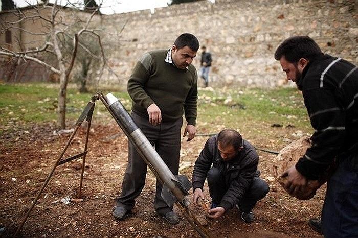 Tên lửa tự chế của phe nổi dậy Syria