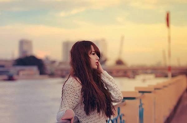 Vẻ xinh xắn và nữ tính của Hương thu hút nhiều người, cô bạn có hơn 8.000 lượt theo dõi trên mạng xã hội.