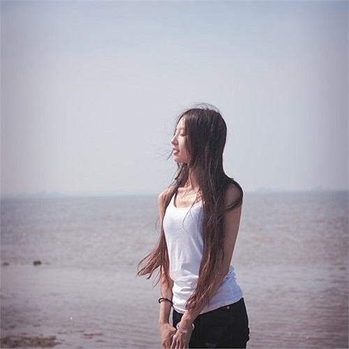 Những khoảnh khắc đời thường của Triệu Khiết Quỳnh được người yêu ghi lại qua ống kính đầy lãng mạn.