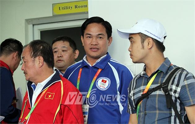 Phó đoàn TTVN Nguyễn Mạnh Hùng tại SEA Games 27 cũng bất lực dù biết đội kata bị xử ép! (Hà Thành)