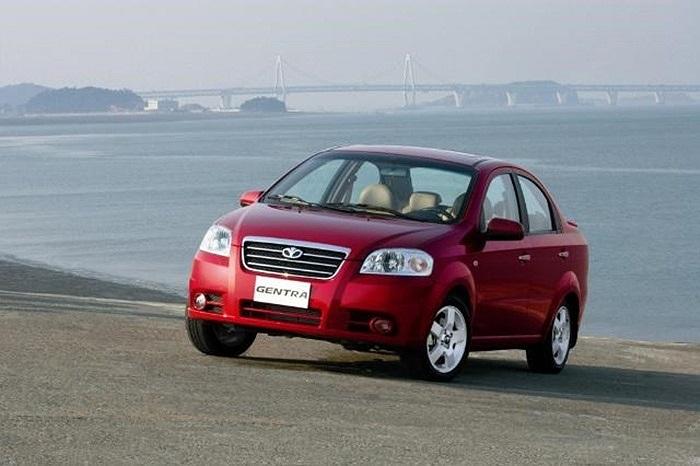 Gentra SX là mẫu sedan do liên doanh Vidamco – GM Hàn Quốc sản xuất và phân phối, có giá bán khoảng 399 triệu đồng .