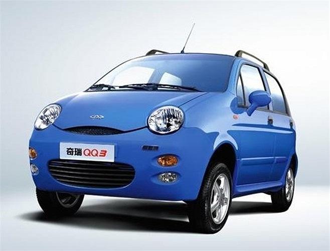 Tại Trung Quốc, Chery QQ có giá dao động 37.900 – 50.900 Nhân dân tệ, tương đương 6.085 – 8.173 USD. Về đến Việt Nam, mẫu xe này được bán với giá chỉ khoảng 195 triệu đồng.