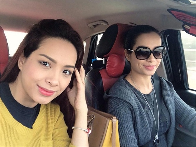 Hai chị em Thúy Hằng, Thúy Hạnh ngày càng thành công và xinh đẹp.