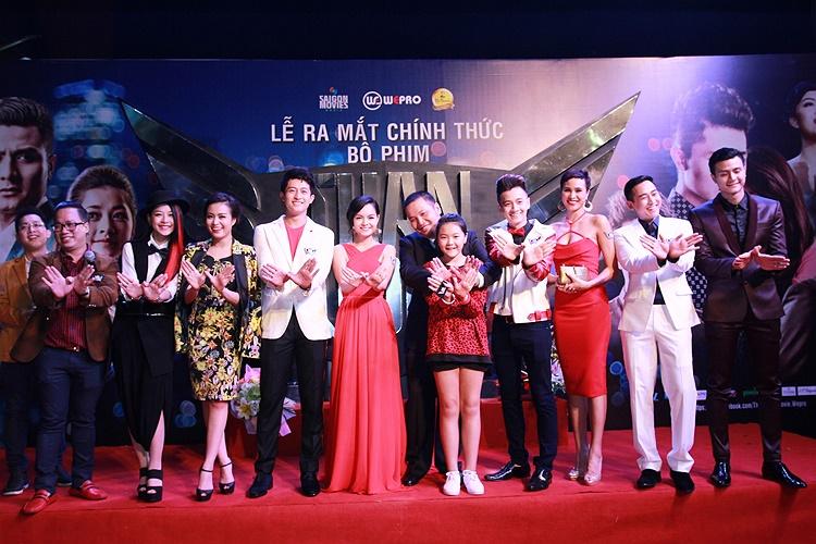 Phim có nhiều nghệ sỹ tham dự nên thu hút sự quan tâm của truyền thông.