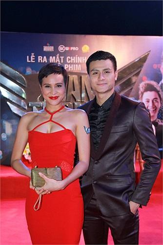 Phương Mai và siêu mẫu Vĩnh Thụy. Trong phim, Vĩnh Thụy cũng trở lại với vai diễn ông bầu trẻ lạnh lùng tên Minh.