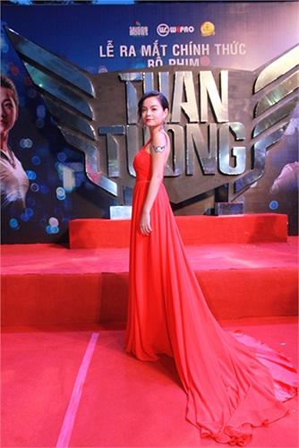 Phạm Quỳnh Anh, vợ 'ông bầu' Quang Huy cũng tham gia phim của chồng. Cô vào vai người mẹ đã mất của Trí.