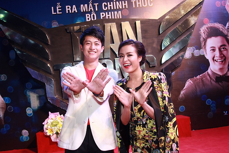 Trong bộ phim này, Hoàng Thùy Linh trở lại nghề diễn sau gần 7 năm vắng bóng với vai chính bên cạnh hot boy Harry Lu.