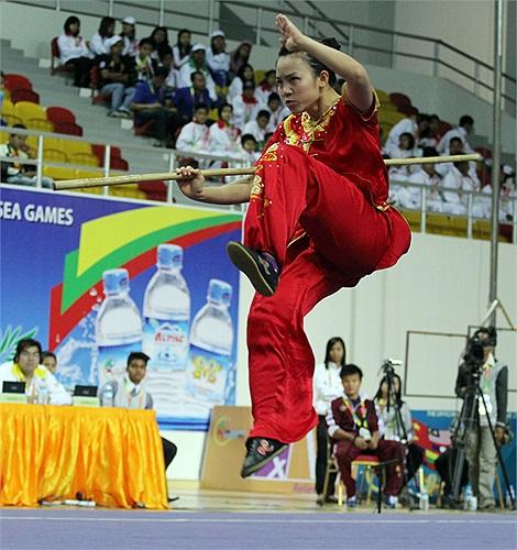 Minh Phương mắc lỗi khi tiếp đất khiến cô không có cơ hội giành huy chương.
