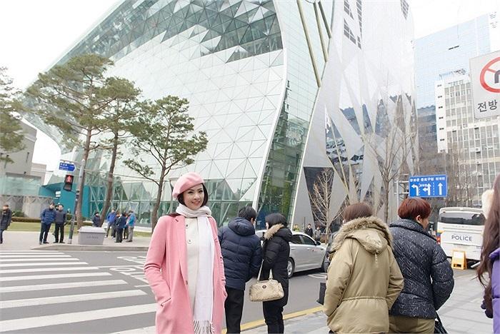 Ngắm những hình ảnh của Ngọc Hân tại Hàn Quốc.
