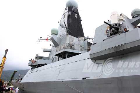 Đà Nẵng, khu trục, hải quân, Hoàng Gia Anh, HMS Daring, D32, chiến hạm, phòng không, tàng hình, tên lửa, quân sự