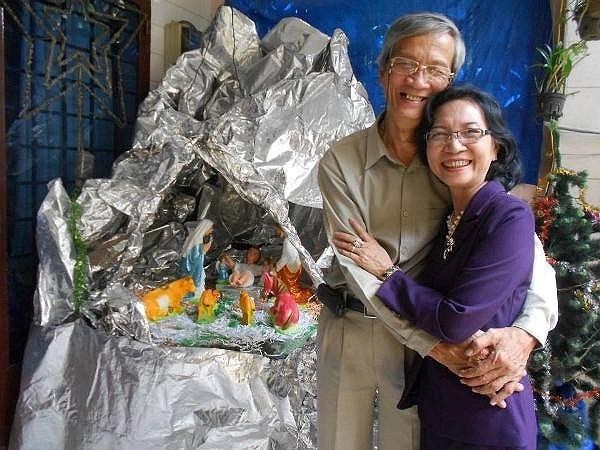 Tình yêu đẹp sau 38 năm của bố mẹ là tấm gương lớn cho con cái soi mình vào.