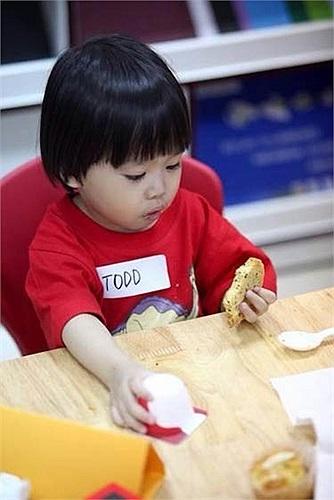 Ngoài chất lượng giáo dục, các em nhỏ cũng được chăm sóc đầy đủ từ bữa ăn tới giấc ngủ. Điều này khiến các bậc phụ huynh sao Việt yên tâm khi gửi gắm con cái hơn dù phải tốn một khoản tiền không nhỏ mỗi tháng.