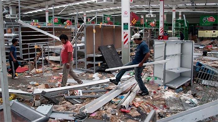 Tình trạng hỗn loạn xảy ra tại thành phố Cordoba City, thủ phủ tỉnh Cordoba từ hôm 3/12 sau khi cảnh sát trong khu vực đình công đòi tăng lương