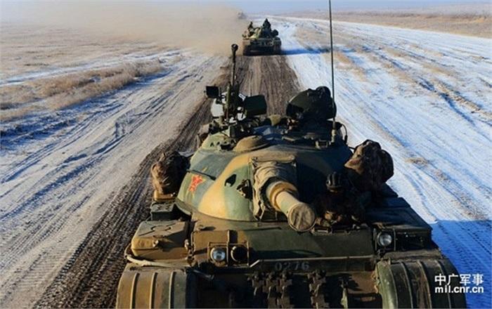 Tờ Chosun Ilbo của Hàn Quốc nói sư đoàn quân số 39, quân khu Thẩm Dương điều 3.000 lính tập trận ở dãy Trường Bạch Sơn – ranh giới giữa Trung Quốc và Triều Tiên