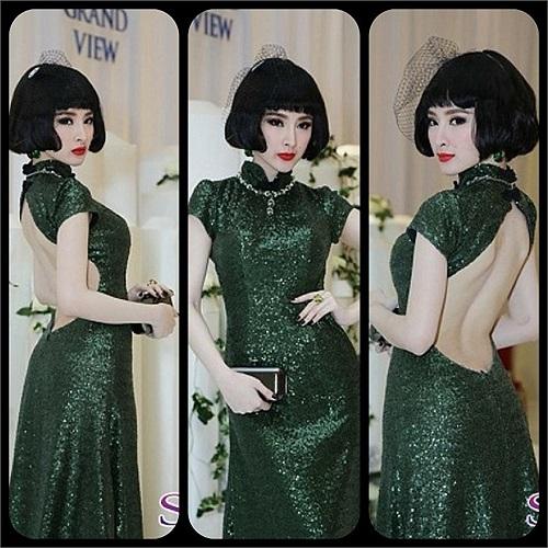 Angela Phương Trinh già chát với trang phục và kiểu tóc 'nhừ' hơn tuổi.