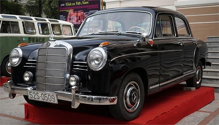 Mercedes Benz đời cuối thập niên 50 của thế kỷ trước.