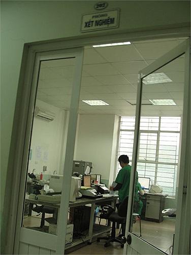 Mẫu tinh trùng được đánh giá chất lượng tại căn phòng này.