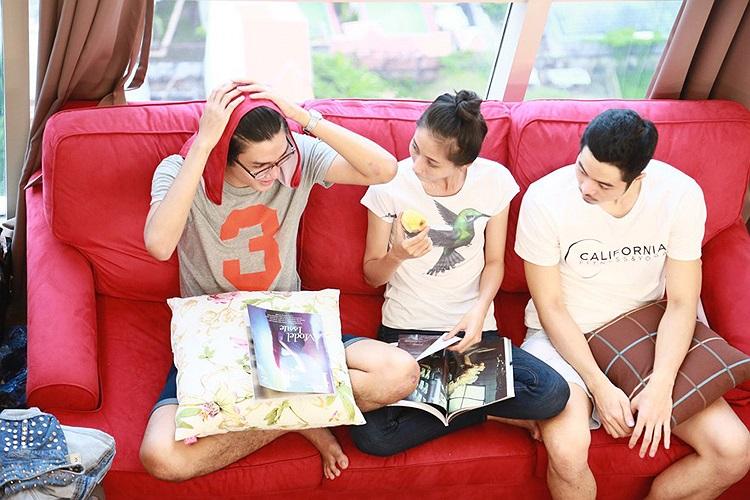 Cuộc sống chung của 18 chàng trai, cô gái sẽ được phát sóng trong tập tiếp theo của Vietnam's Next Top Model 2013 vào 20h chủ nhật ngày 13/10 trên kênh VTV3.