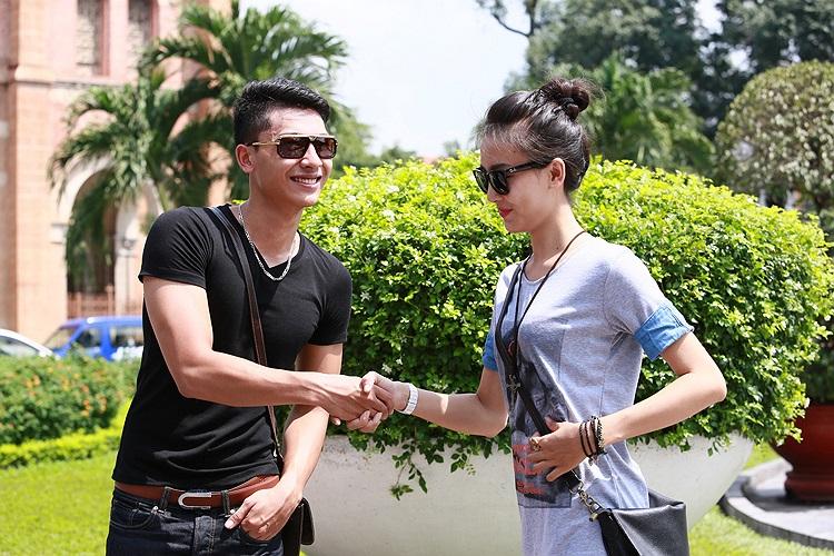 Trần Trung và Lê Uyên Phương Thảo là hai thí sinh chiến thắng Top Model Online và được vào thẳng nhà chung.