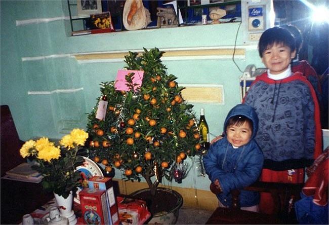 2 con trai của chủ tịch SHB Đỗ Quang Hiển trong ngày Tết.