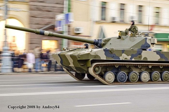 Cận cảnh xe tăng bay 2S25 Sprut-SD của quân đội Nga