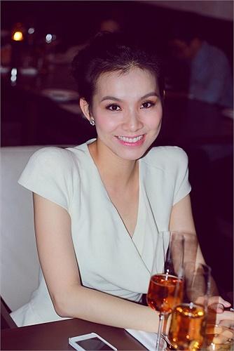 Rất ít khi xuất hiện tại các sự kiện trong showbiz, nhưng Hoa hậu Thùy Lâm vẫn luôn được công chúng quan tâm và dành nhiều tình cảm.