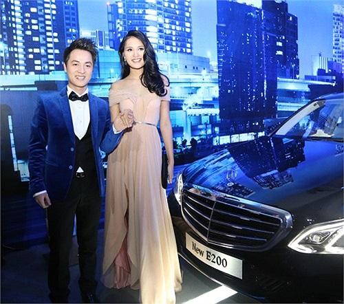 Vài tháng trước, Đăng Khôi cũng mới sắm một chiếc Mercedes có giá khoảng 3 tỷ đồng.
