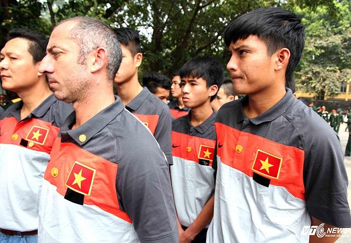 HLV Graechen sẽ gắn bó với HAGL thêm nhiều năm nữa. Ông nhiều khả năng sẽ được bổ nhiệm tiếp là HLV trưởng U19 Việt Nam tại VCK U19 Châu Á ở Myanmar vào năm sau