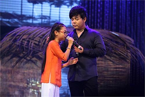 Bước ra khỏi cuộc thi The Voice Kids, mặc dù chỉ đạt danh hiệu Á quân, nhưng Phương Mỹ Chi còn 'nổi tiếng' hơn cả quán quân Quang Anh.