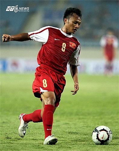 Bản hợp đồng 7 tỷ mới nhất của B.Bình Dương là Trọng Hoàng hôm nay sẽ cùng các đồng đội ra mắt khán giả đất Thủ ở BTV Cup 2013.