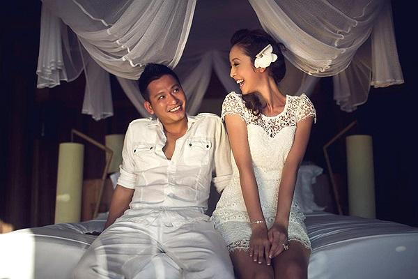 Hai người đi đến kết hôn vào ngày 19/12/2012 và mới đây, Jennifer Phạm vừa hạ sinh cho người chồng thứ 2 một cô con gái.