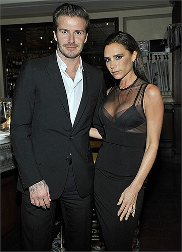David Beckham dành rất nhiều thời gian để chăm sóc gia đình. Anh cùng vợ con tham dự rất nhiều chương trình từ thiện, thời trang, giải trí